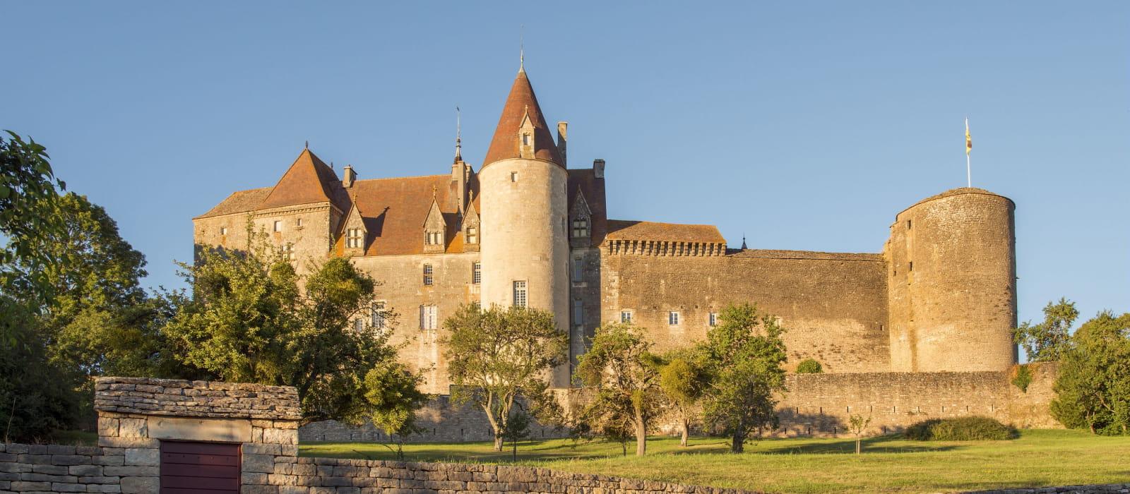Forteresse de Châteauneuf en Auxois