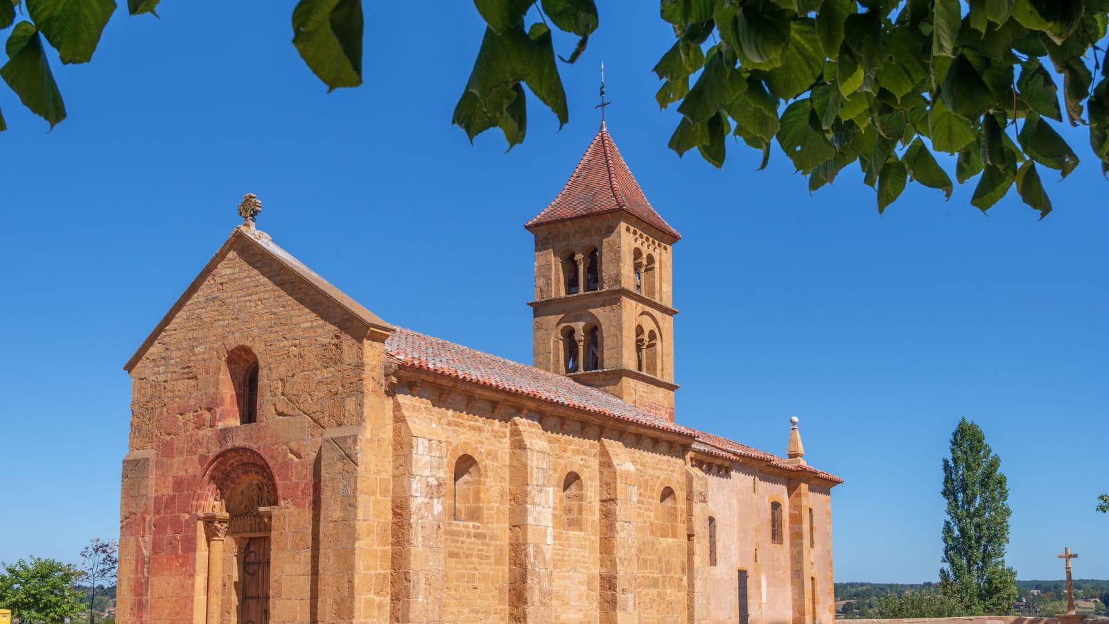 Eglise romane de Montceaux-l'Étoile