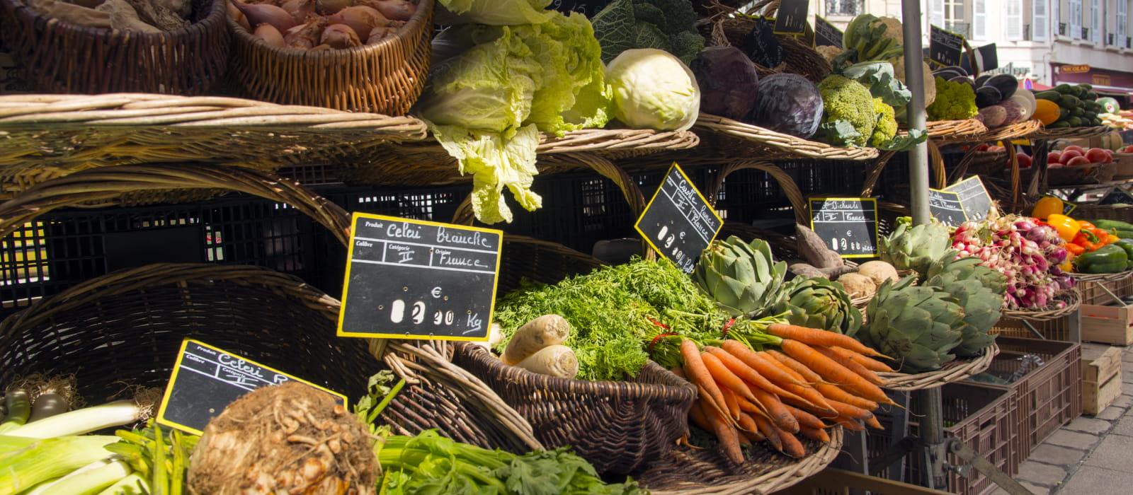 Légumes sur le marché de Beaune