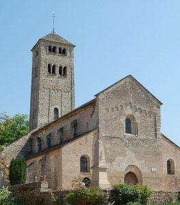 Façade et clocher de l'Eglise Saint-Martin de Chapaize