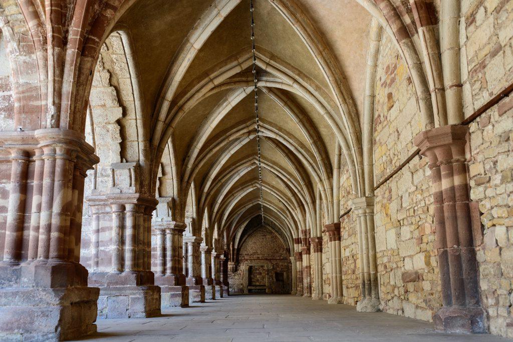 Luxeuil-les-Bains : Abbaye Saint-Pierre