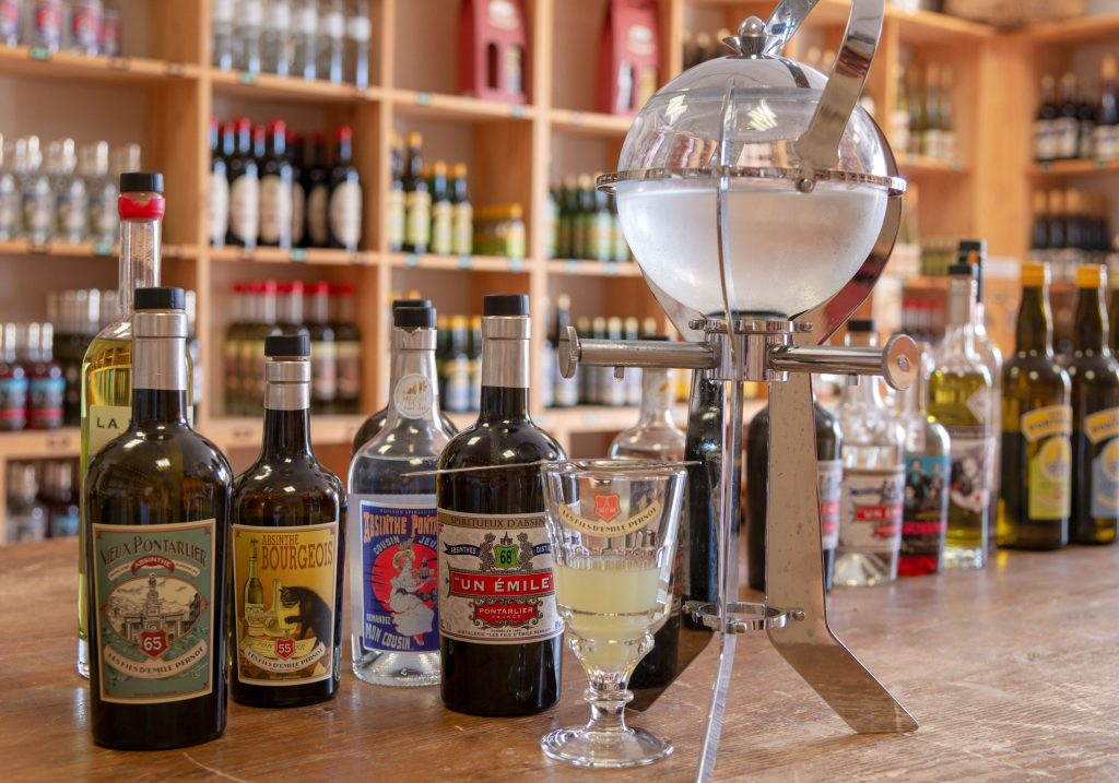 Distillerie les Fils d'Emile Pernot : fontaine à absinthe